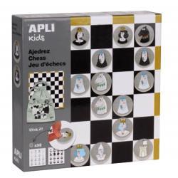 Шах със стикери и дървени пулове - дизайнерска серия