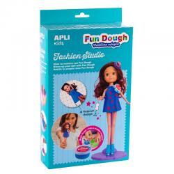 Облечи Брюнетка с Вълшебно тесто APLI Kids - творчески комплект за моделиране на дрехи