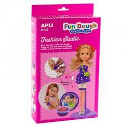Облечи Блондинка с Вълшебно тесто APLI Kids - творчески комплект за моделиране на дрехи