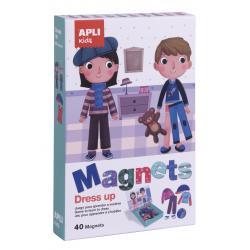Магнитна игра Дрехи, с 40 магнитчета и магнитна дъска